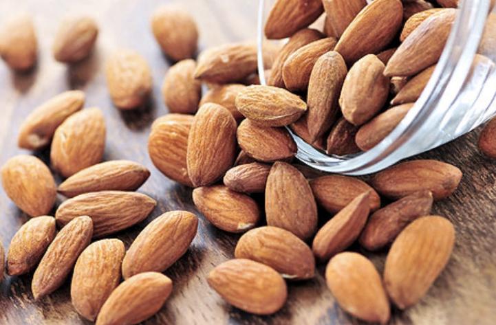 7 продуктов, которые помогают справиться с осенней хандрой