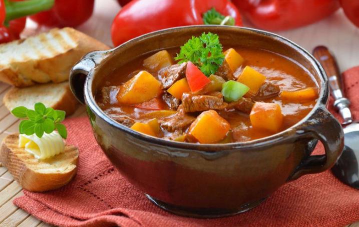 Рецепты приготовления жаркого по-домашнему из свинины и картошки