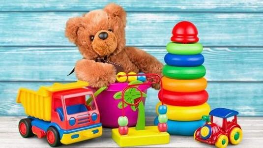 Детские игрушки, лучший подарок ребенку
