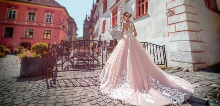 Качественная сетка для свадебных платьев: широкий выбор у «Весільний Світ»
