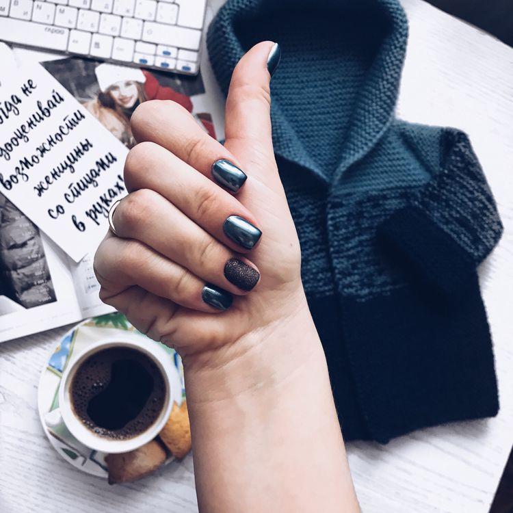 Модный маникюр и дизайн ногтей черного цвета, фото