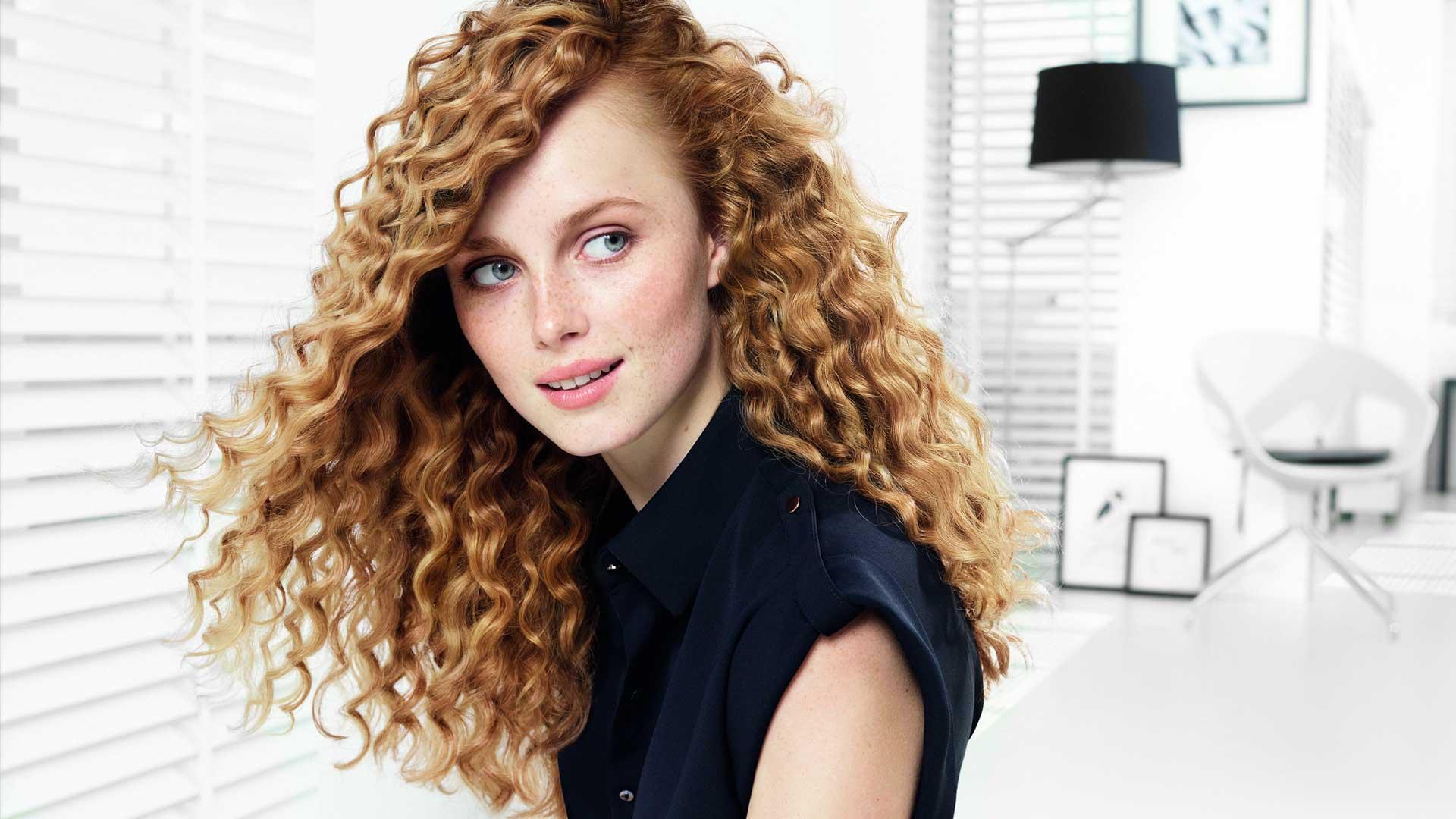 Домашний уход за вьющимися и кудрявыми волосами: эффективные рецепты масок + рекомендации по их нанесению
