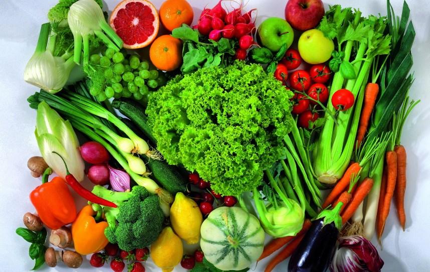 Овощи и зелень: какие продукты являются самыми полезными в жаркий период года?