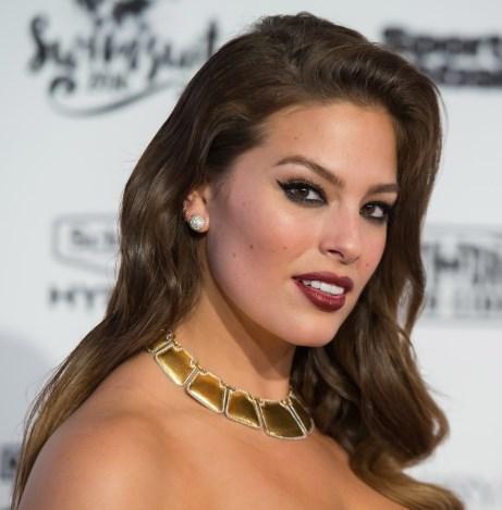 Эшли Грэм представила коллекцию «Dolce & Gabbana»
