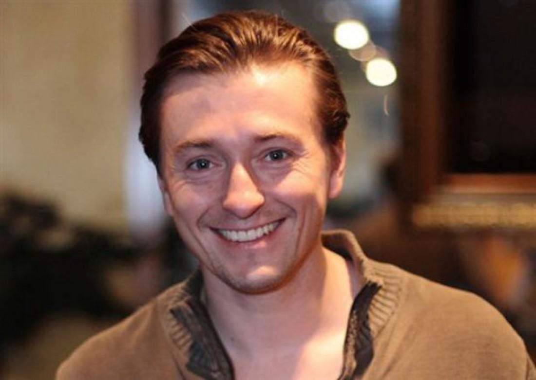 Актёр Сергей Безруков выпустит новейшую песню коткрытиюЧМ