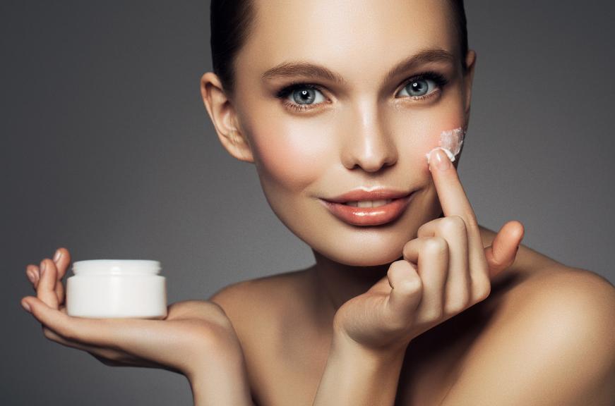 Неправильная косметика: как понять, что увлажняющий крем вам не подходит?