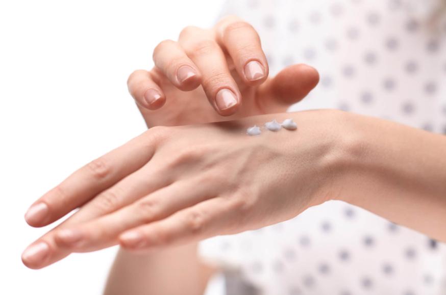 Как предотвратить старение кожи рук? Рекомендации специалистов и рецепты домашних средств