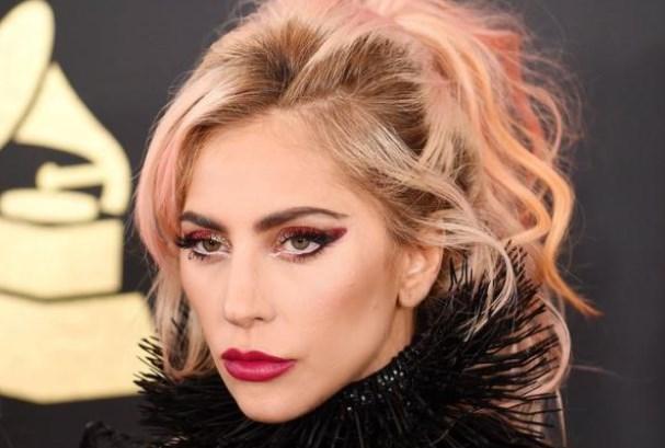 Леди Гага расплакалась во время вручения премии «American Cinematheque Award»