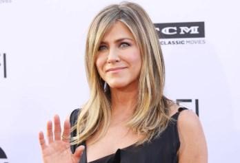 Почему Дженнифер Энистон восхищается Амаль Клуни? Эксклюзивное интервью для журнала «ELLE»