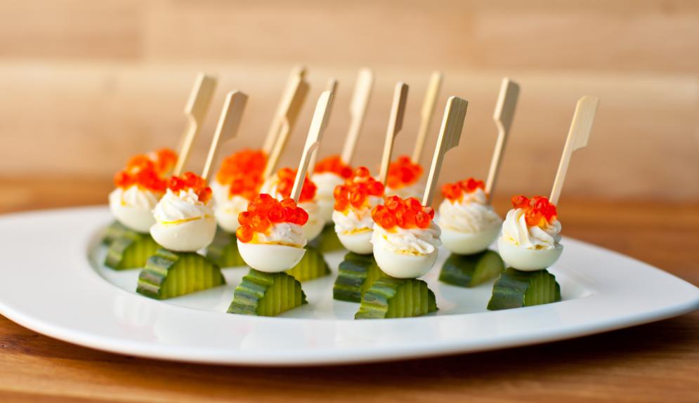 Оформляем праздничный стол: рецепты приготовления канапе