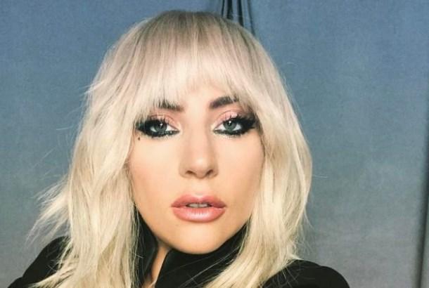 Леди Гага доставила пиццу для пострадавших от лесных пожаров