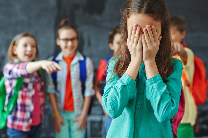 7 признаков того, что ваш ребенок стал жертвой буллинга в школе