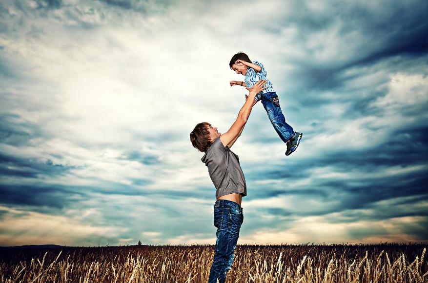 Отцы и дети: главные причины недопонимания между подростками и их родителями