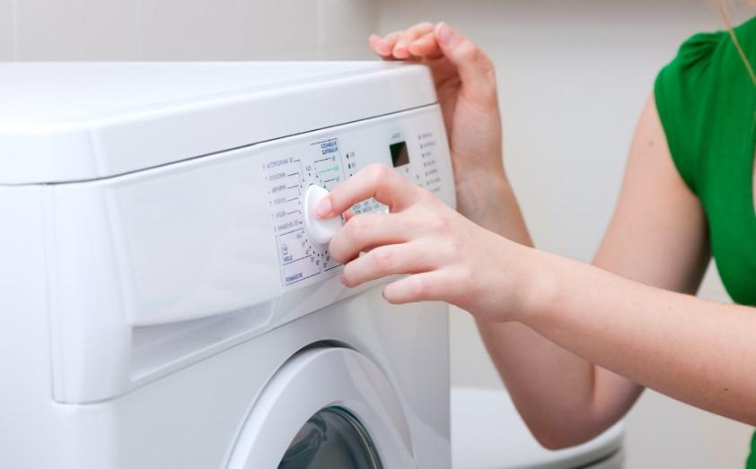 Советы продвинутых хозяек: как правильно стирать пуховик