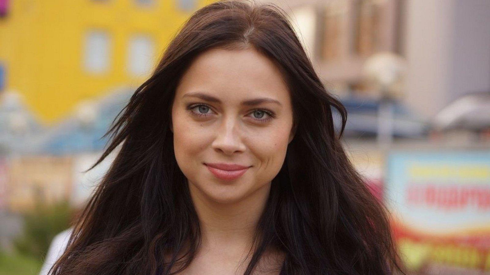 Настасья Самбурская удовлетворена своей работой в театре