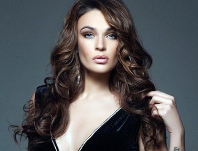 Не зарекайся: Алёна Водонаева критиковала полных, пока сама не поправилась