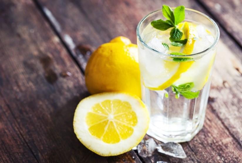 15 причин начинать утро водой с лимоном