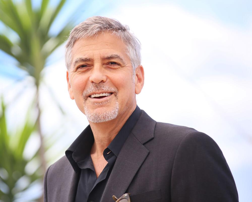Джордж Клуни обратился к общественности с просьбой оставить в покое Меган Маркл