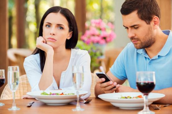 5 явных признаков супружеской измены