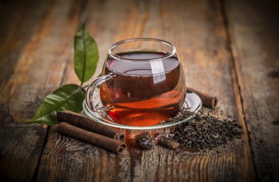 Черный чай: польза и вред для организма
