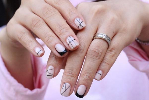 Модный маникюр и дизайн ногтей в стиле минимализм
