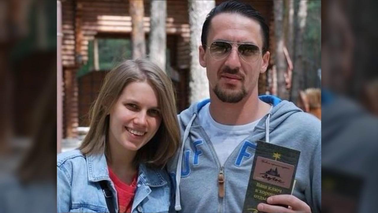Даша Мельникова поделилась оригинальным снимком с мужем