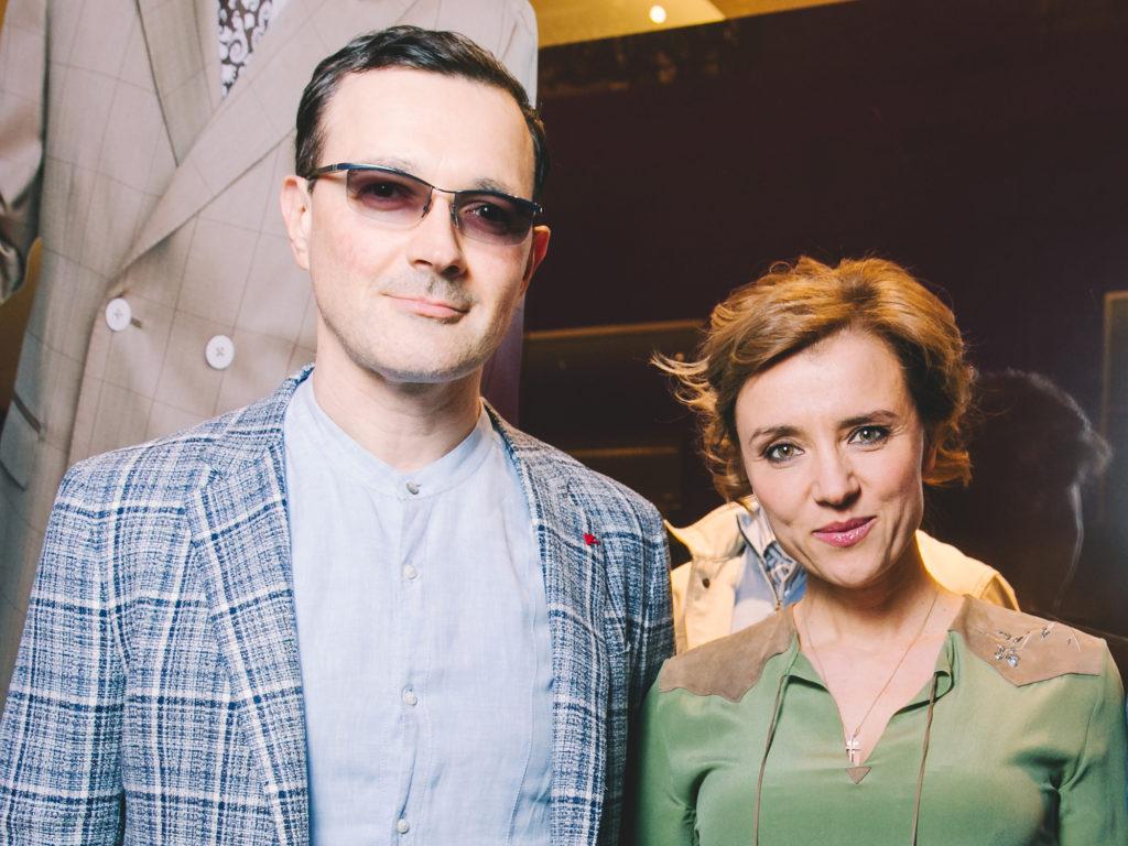 Ксения Алферова в полупрозрачном платье блистала на красной дорожке с Егором Бероевым