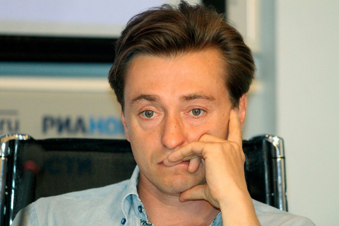 Сергей Безруков взял маленького сына на съемочную площадку