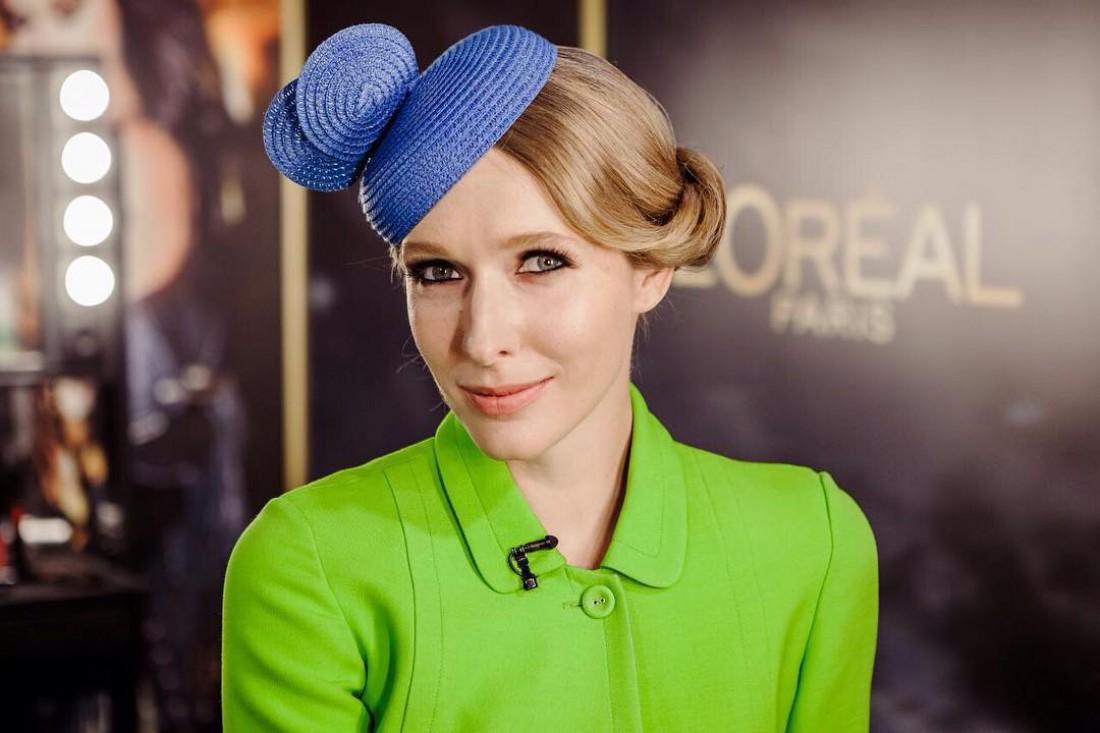 Катя Осадчая в фиолетовом платье взяла интервью у Потапа