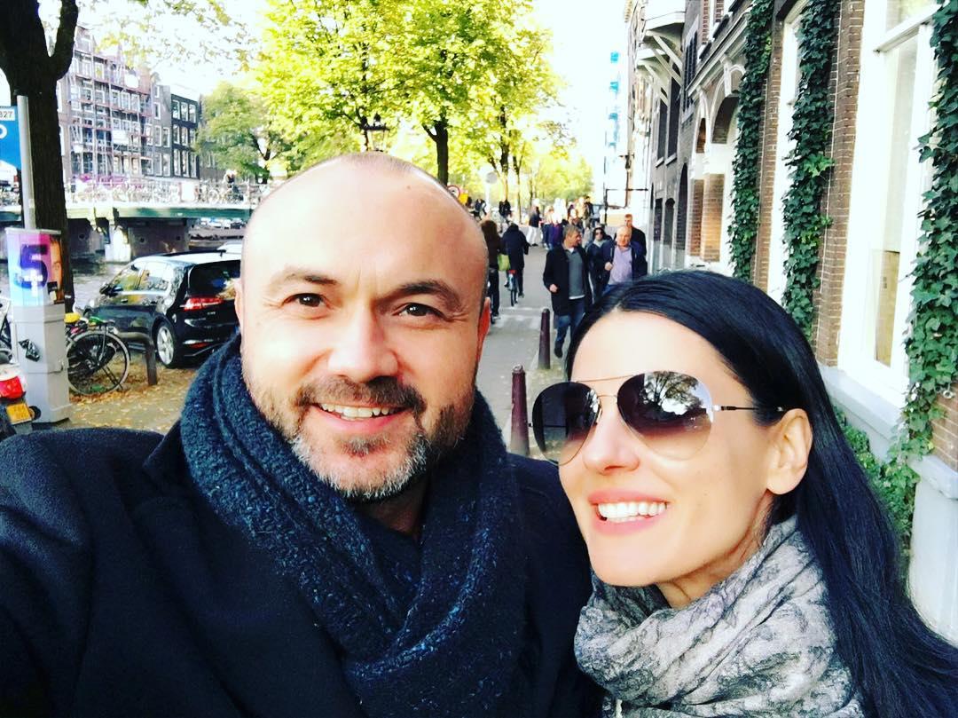Маша Ефросинина отметила 17 лет со дня знакомства с мужем