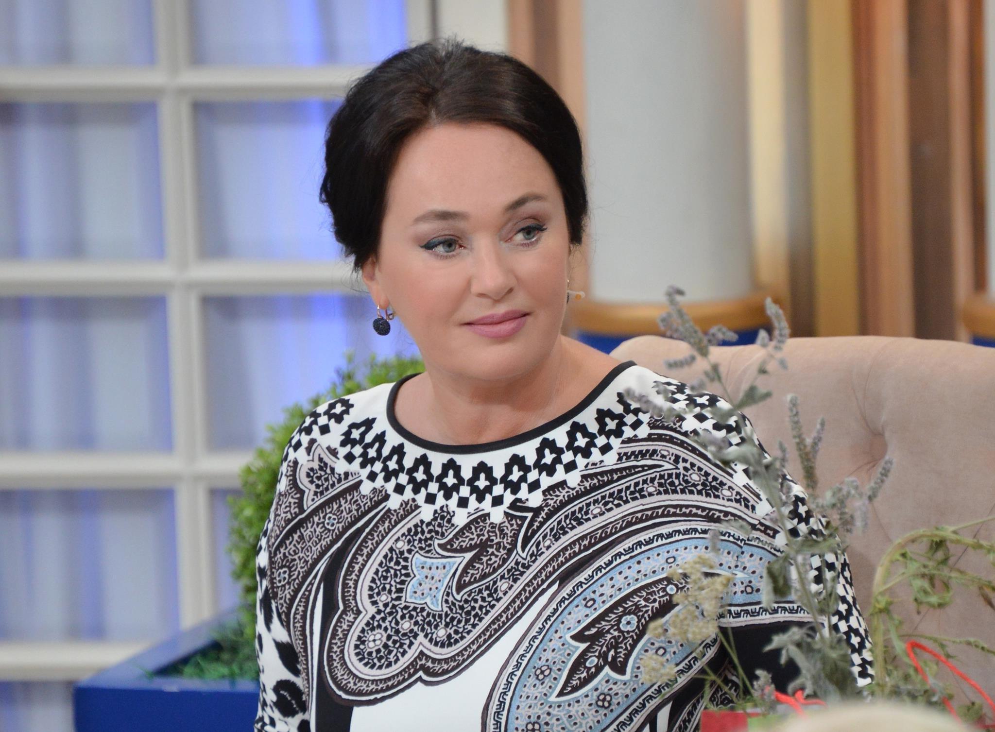 Лариса Гузеева отдыхает с мужем в Европе после слухов о разводе