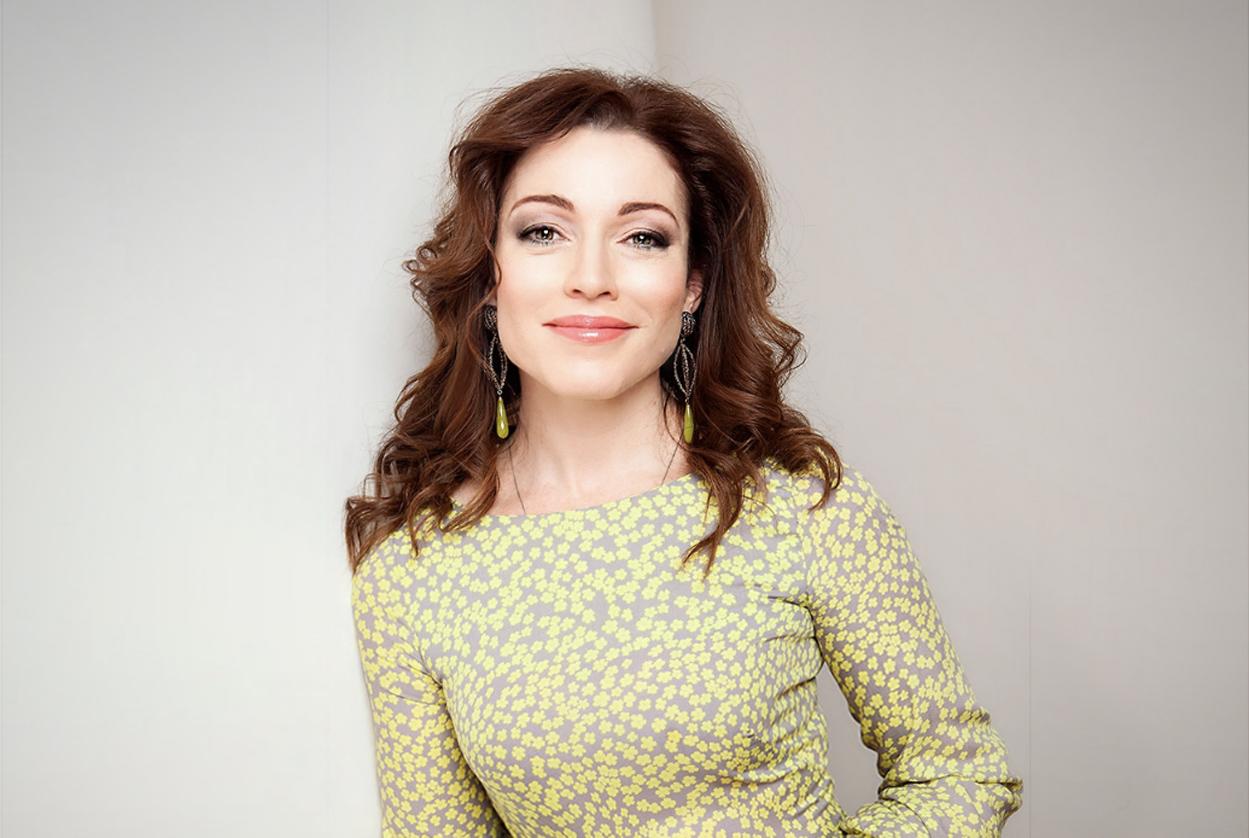 Алена Хмельницкая страдает из-за невостребованности в профессии