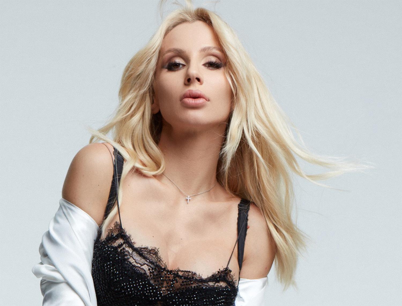 Светлана Лобода примерила жакет от Gucci за 78 тысяч гривен