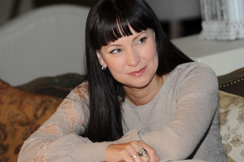 Нонна Гришаева с мужем отдыхает в Греции