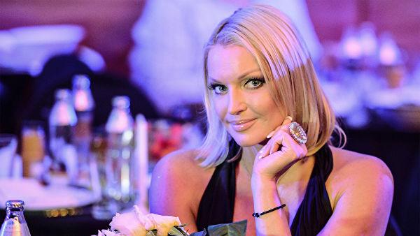 «Любимый подсказал»: Анастасия Волочкова поведала поклонникам, как додумалась до того, чтобы закрыть комментарии