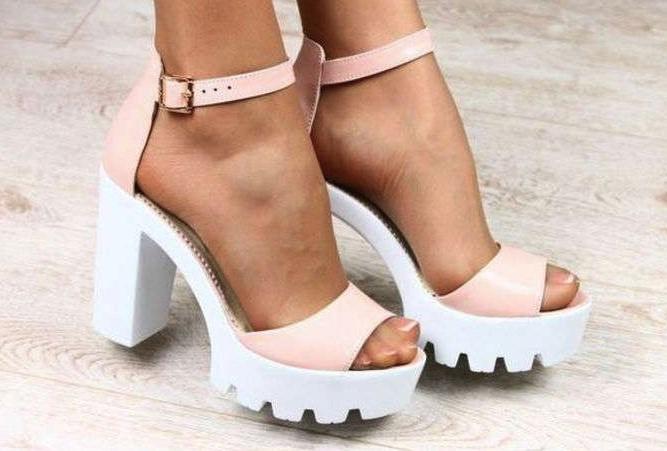 Твоя ідеальна пара: як обрати літнє взуття в Gorodok Gallery