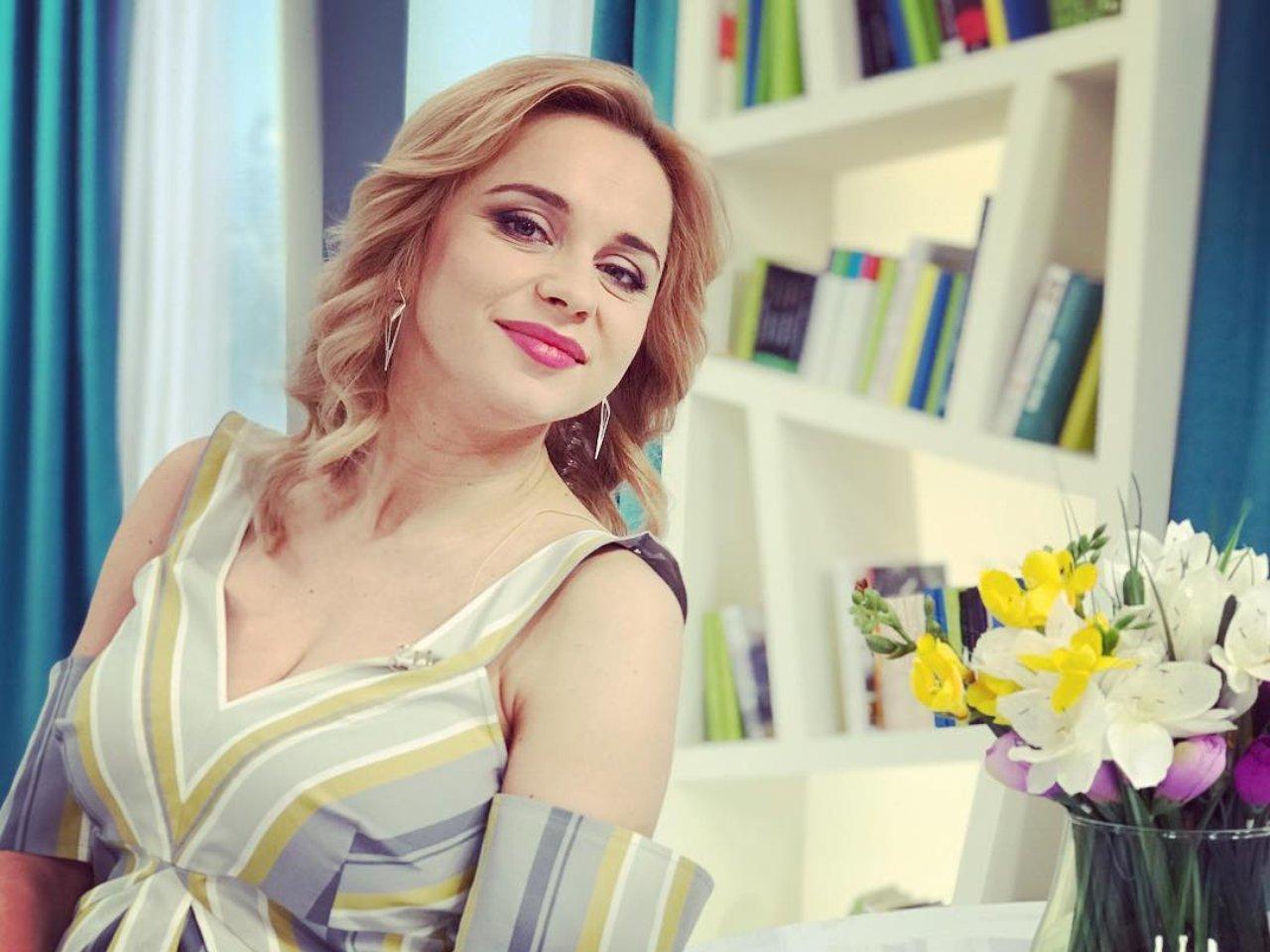 Лилия Ребрик облачилась в нежное платье за 3 тысячи гривен