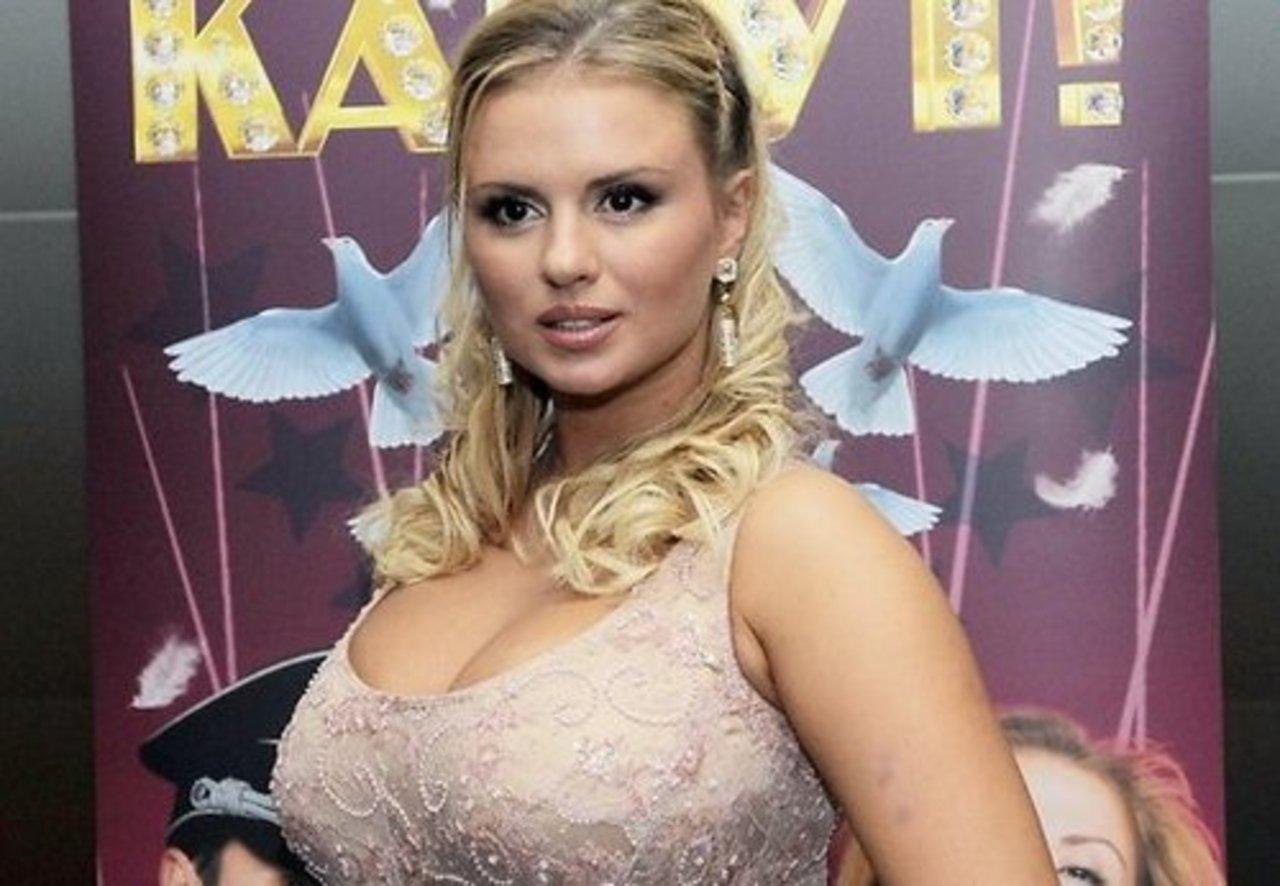 Анна Семенович любуется закатами в Италии