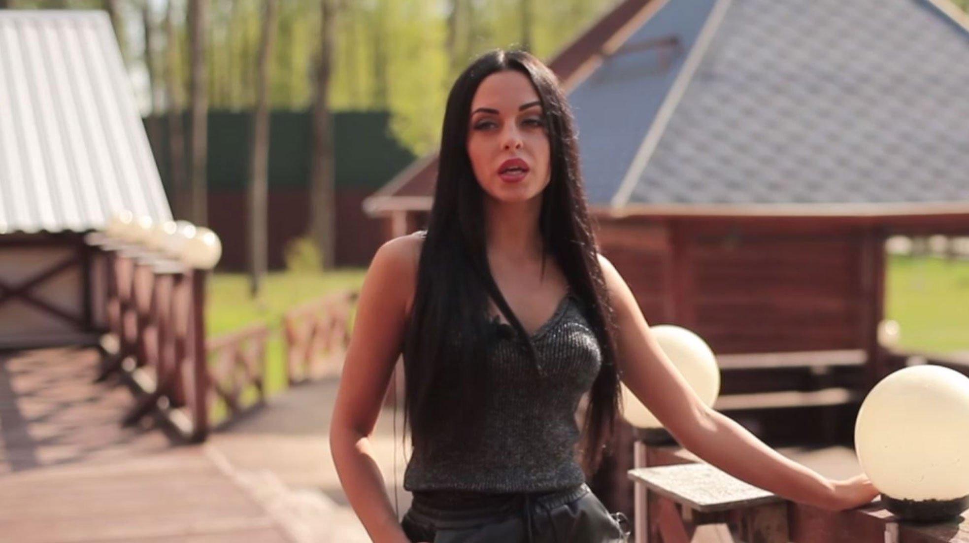 Юлия Ефременкова рассказала о своих отношениях с Мондезиром