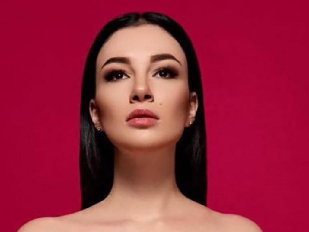 Анастасия Приходько сменила имидж и заметно похудела