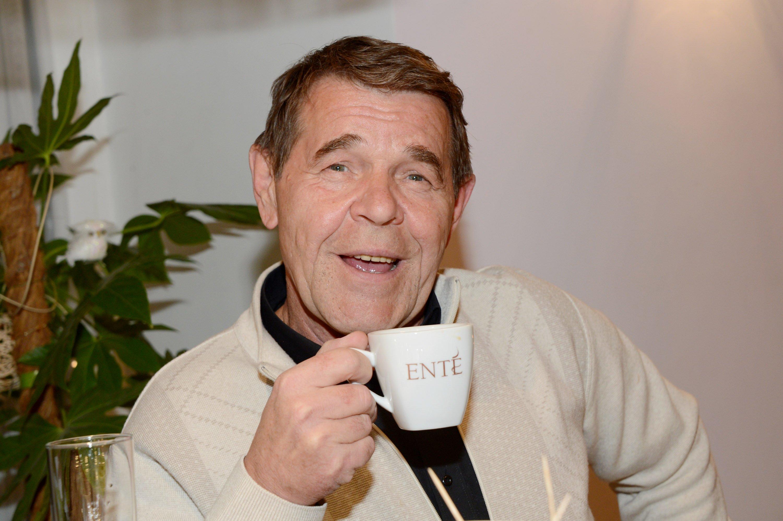 На 69-ом году жизни скончался Алексей Булдаков