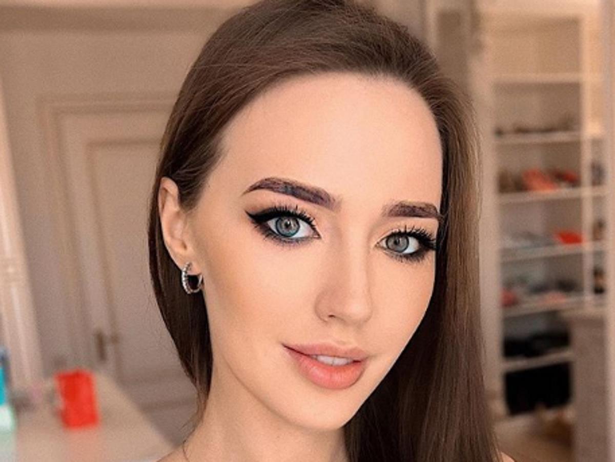 Обвиняемая в отсутствии стиля Анастасия Костенко стала дизайнером
