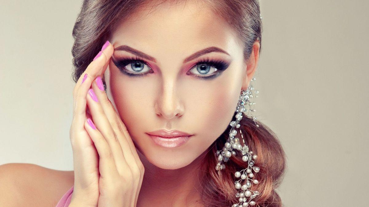5 самых распространенных ошибок в новогоднем макияже