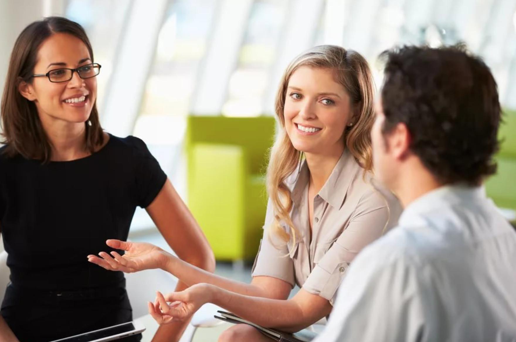 5 правил общения, которые научат вас располагать к себе людей