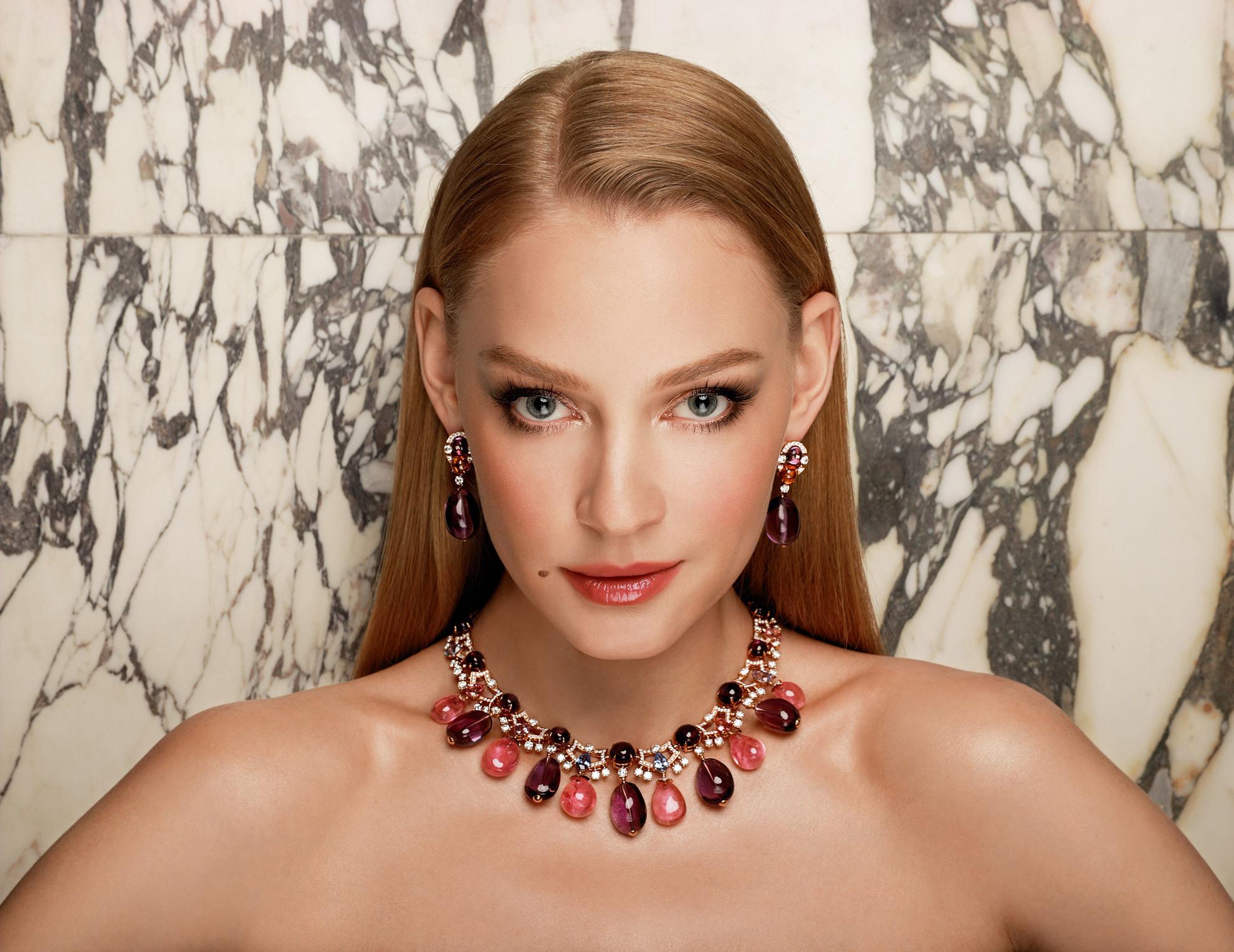 Светлана Ходченкова в оригинальном наряде блистала на вечеринке модного бренда