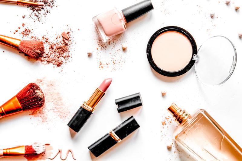 Защита кожи с помощью декоративной косметики с SPF: вечная молодость и здоровье