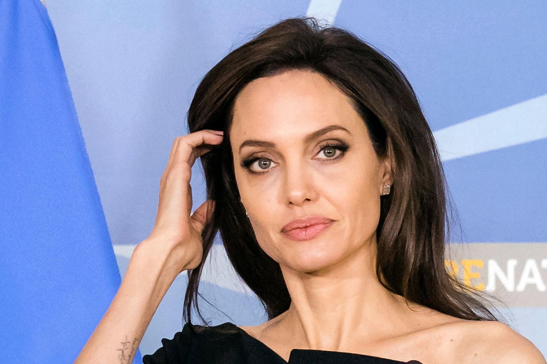 Анджелина Джоли рассказала, как переживала развод с Брэдом Питтом