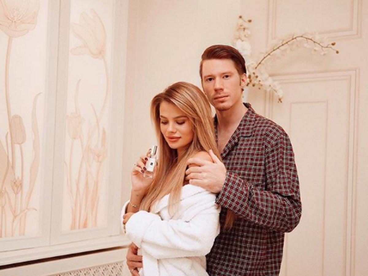 Никита Пресняков с женой отдыхают порознь