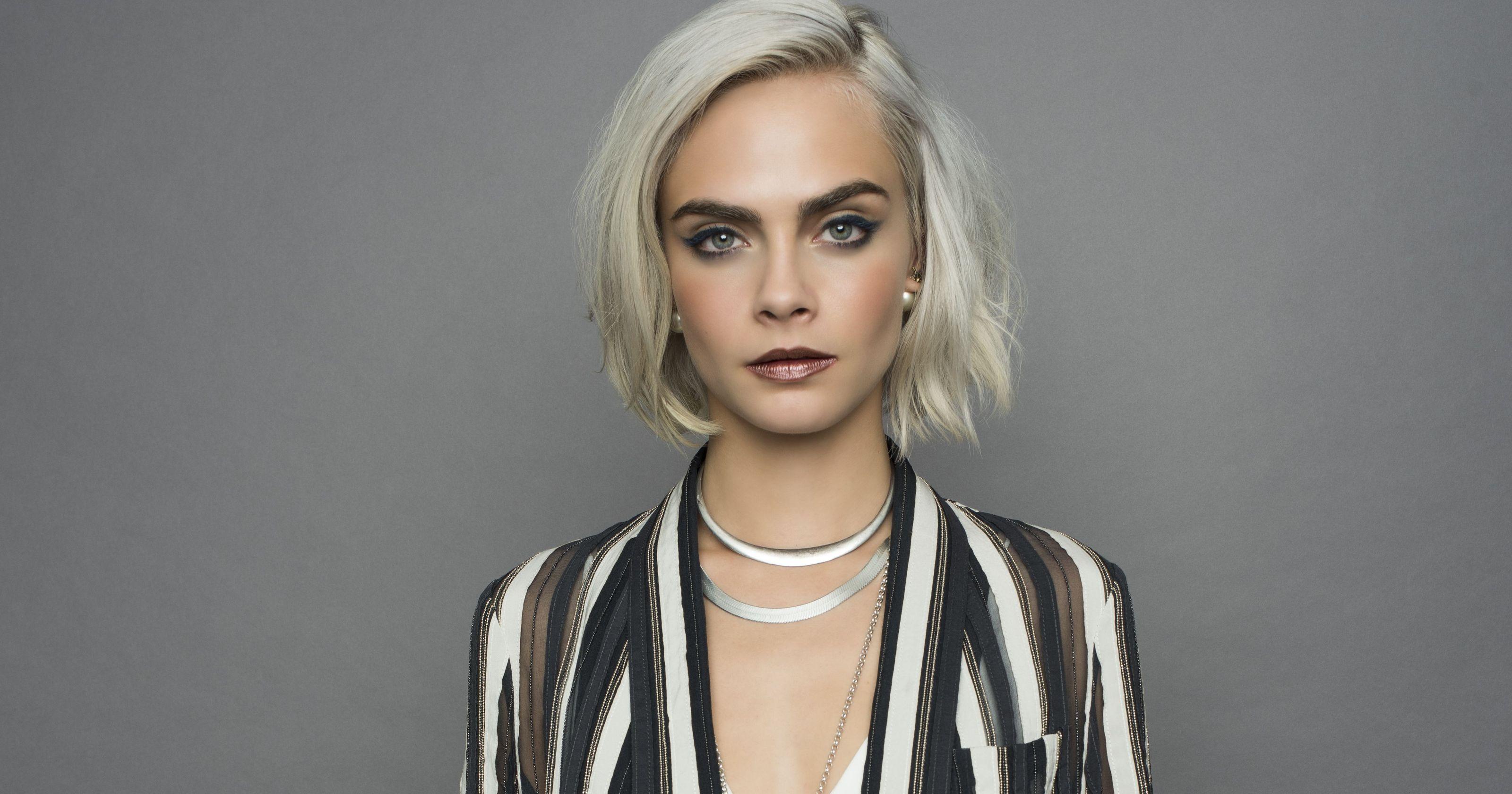 Кара Делевинь снялась в новой модной кампании