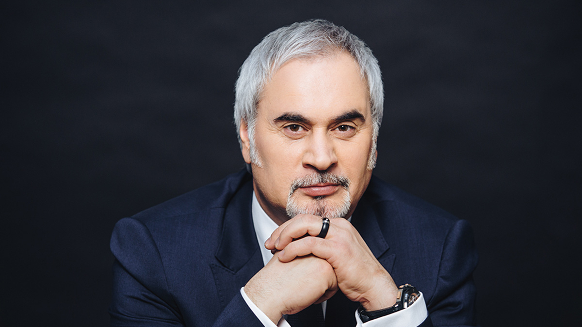 Валерий Меладзе: «Мама моих дочерей и Альбина прикладывают много усилий»